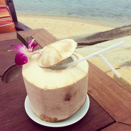 Rocky's Boutique Resort: Fresh coconut water - about 160 baht I think.