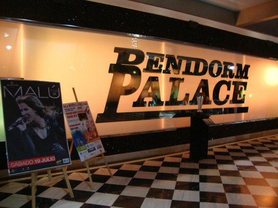 Benidorm Palace: Entrance