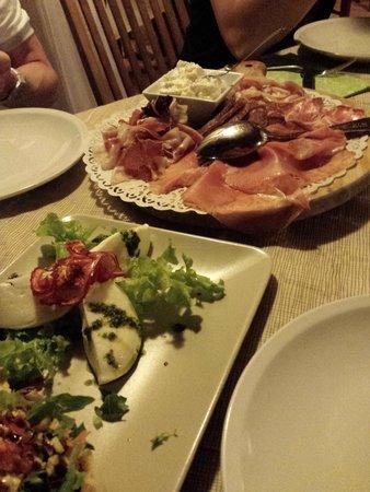 Agriturismo La Casina: antipasti misti
