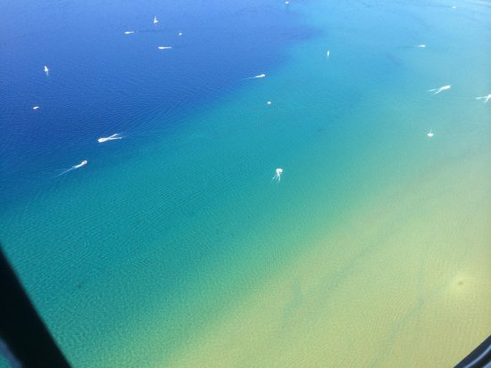 Heli-Vertex : Gorgeous lake flight