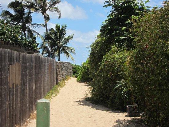 Lanikai Beach: ここが入口・・・