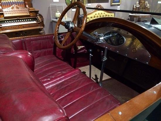 Bennington Museum: 1924 Martin-Wasp Driver's Controls
