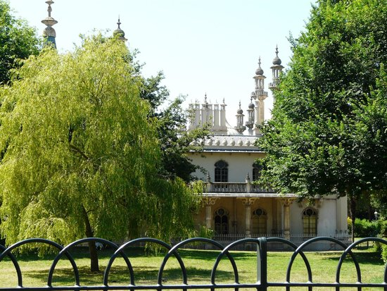 Royal Pavilion: Views from the grounds