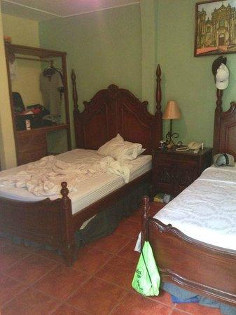 Hotel Real: un buen descanso, sin queja alguna ..