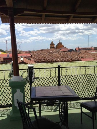 Hotel Real: se disfruta la tranquilidad en su terraza...