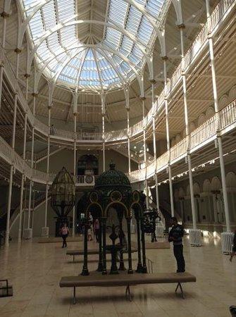 Museo Nacional de Escocia: inside the museum
