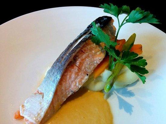 The Garden Room Restaurant: Main Course: Salmon