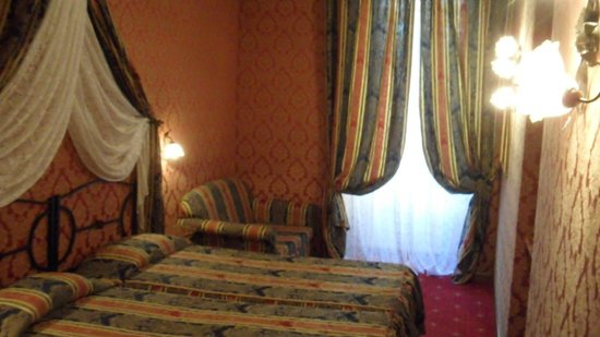 Residenza Antica Roma: Nosso quarto hotel residence antica
