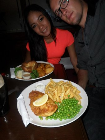 The Mason's Arms : Our dinners (note the awesome roast dinner!)