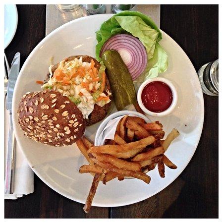 cafeteria: Veggie Burger