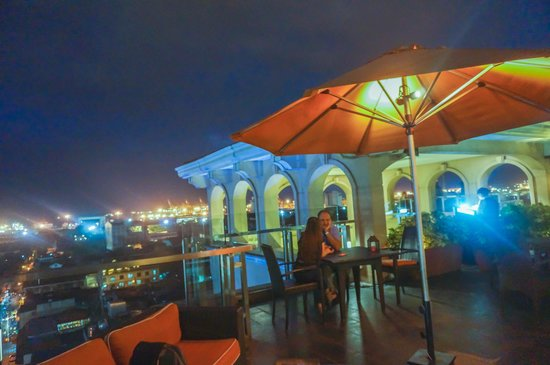 Sky Deck on Bayleaf Hotel: open area