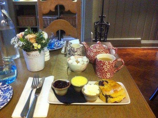 The Swan Hotel: Cream tea