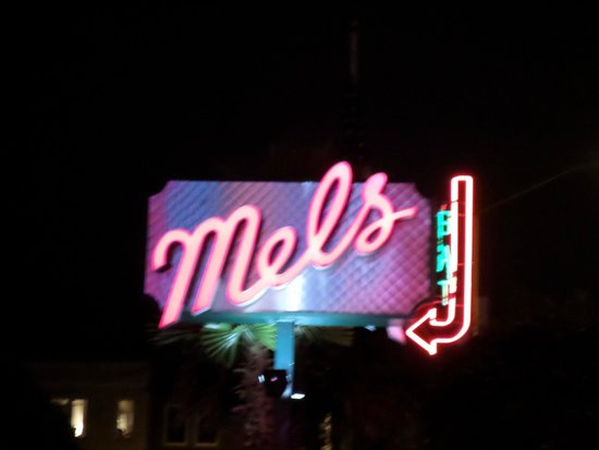 Mel's Drive-In -  Lombard : the sign