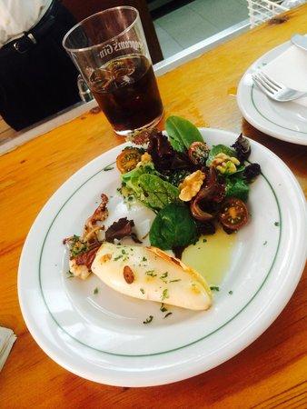 Restaurante La Tasca: Riquísimo chipiron a la plancha