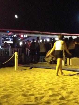 Victor Village Residence: Festa in spiaggia