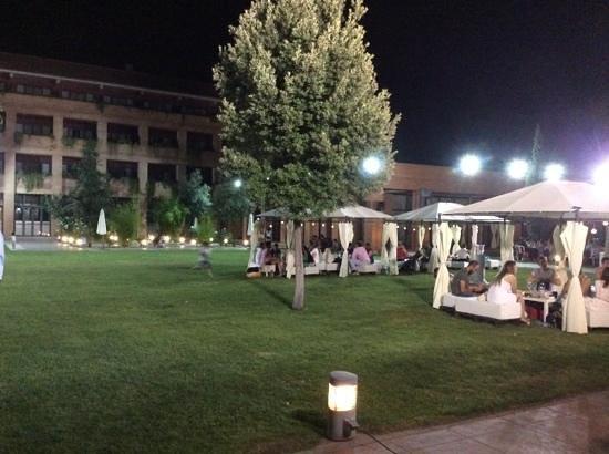 Intur Alcazar de San Juan Hotel: Zona de piscina