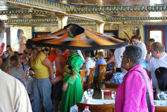 Nile Pharaohs Cruising Restaurant : Entertainment spinners.