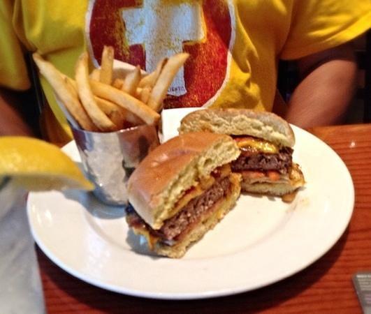 Hard Rock Cafe: Hickory Bacon Melt Burger