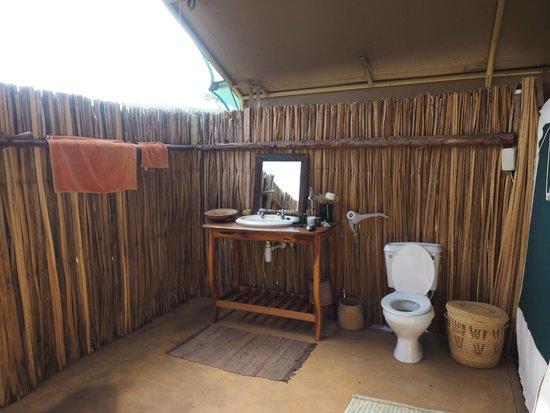 Laikipia Wilderness Camp: Bathroom