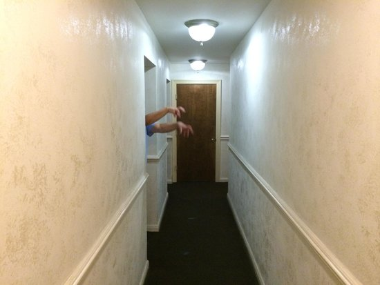 Chateau Hotel: Ghost in Hallway (LOL)