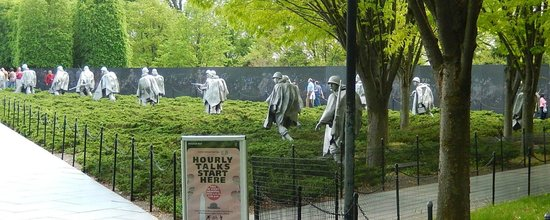 Monumento a los veteranos de la Guerra de Korea: Korean War Veterans Memorial and WALL