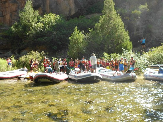 Dinosaur River Expeditions: Getting the Instructions and Safety Information