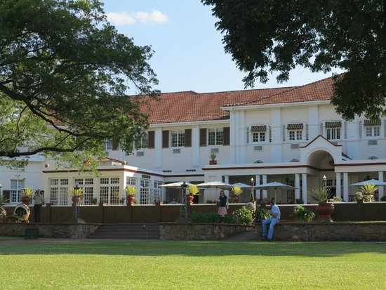 The Victoria Falls Hotel : on the lawn looking back at the hotel terrace