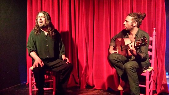 CasaLa Teatro : Singer and Guitarist