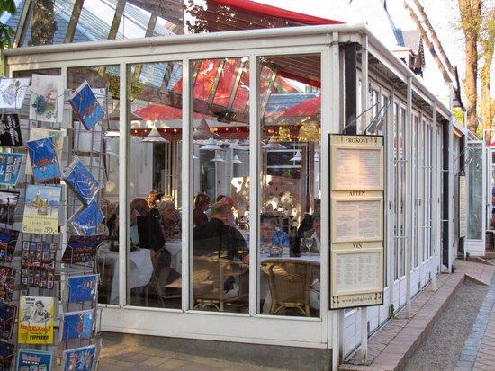 Tivoli Gardens: カフェ
