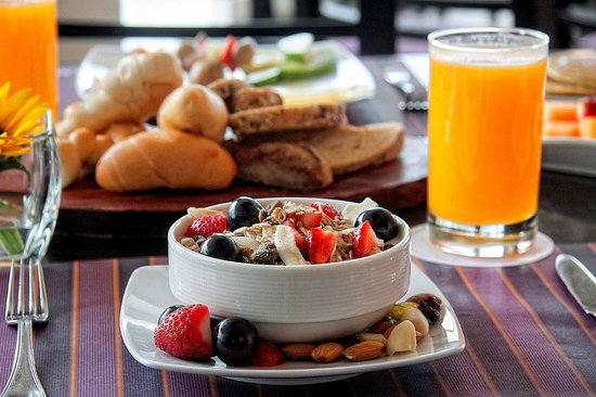 Foresta Hotel Lima: Breakfast