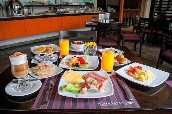 Foresta Hotel Lima: Breakfast Buffet