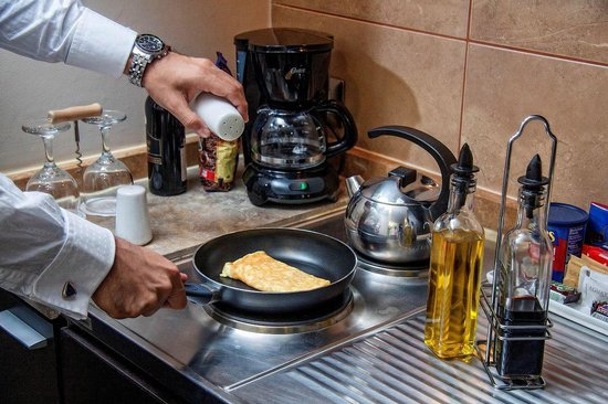 Foresta Hotel Lima: Kitchenette Executive Suite