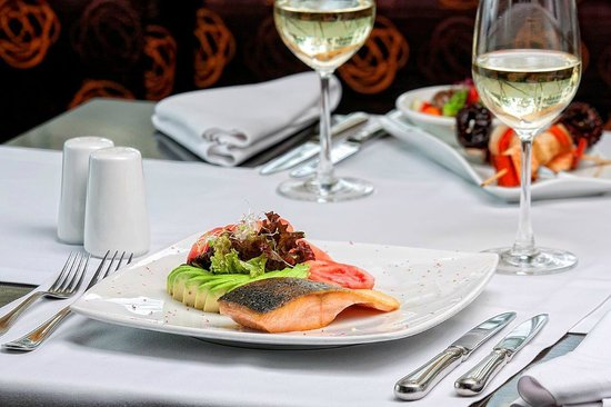 Foresta Hotel Lima: Fish in cocona sauce Restaurant Terrace Aguaymanto