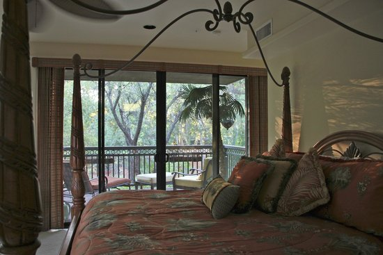 The Inn Above Oak Creek: Master Suite and View