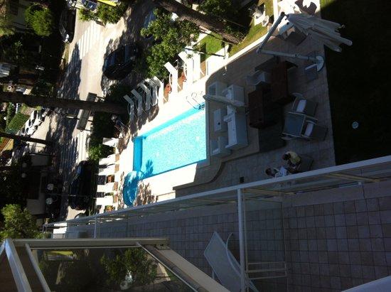 Hotel Kent: Piscina