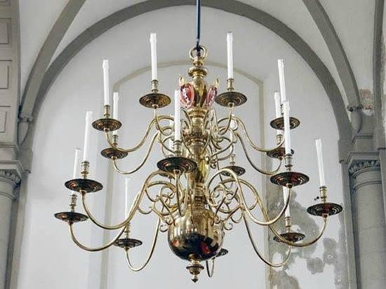 Westerkerk: chandelier