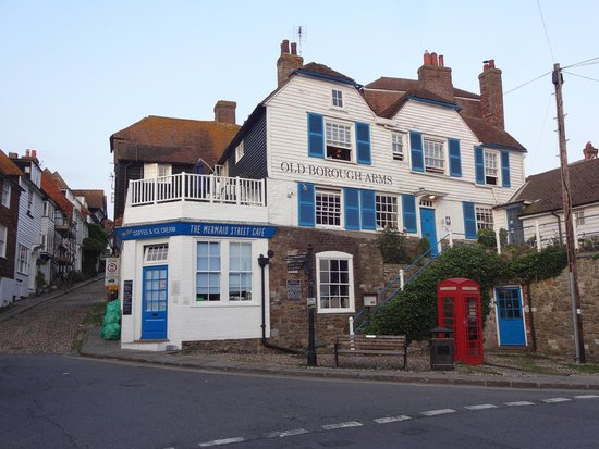 Old Borough Arms Hotel: The hotel