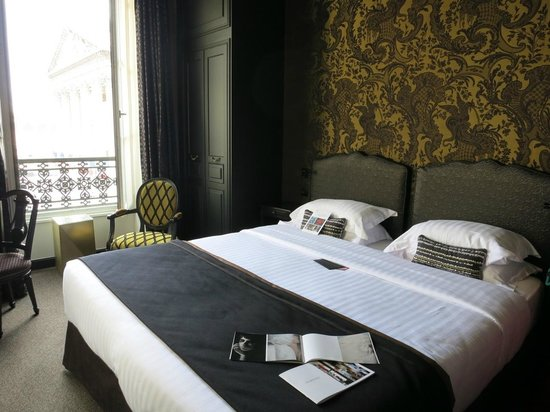 Hotel les Dames du Pantheon: We enjoyed the room and the view over Pantheon