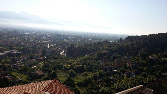 Hostel Ameglia: Nubi