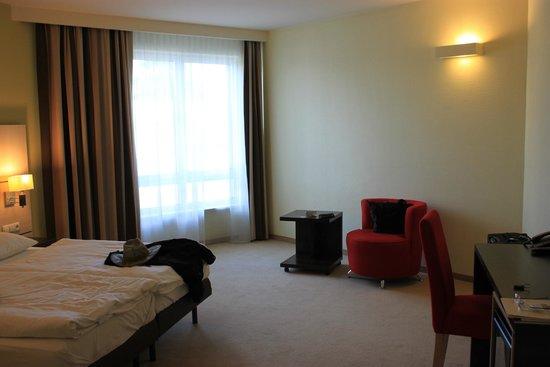 Ruben Hotel: Room