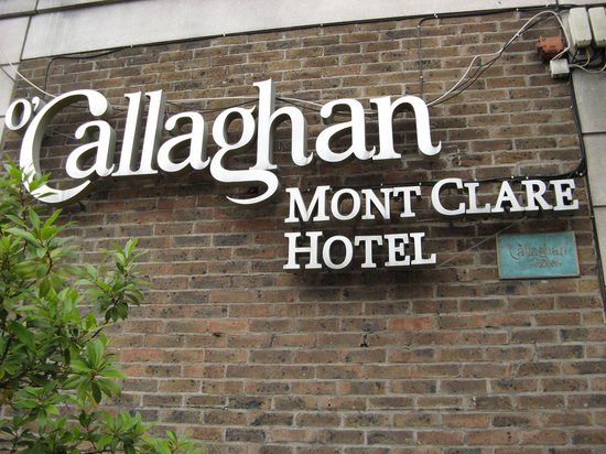 O'Callaghan Mont Clare Hotel: Entry to Hotel