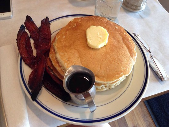 Buttermilk Pancakes and Bacon at the Buttermilk Kitchen. - Picture ...