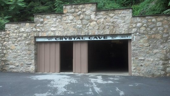 Crystal Cave: Enter the Cave