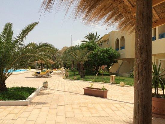 Hotel Djerba Les Dunes: batiment B autre point de vue