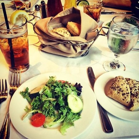 Wyndham Cleveland at Playhouse Square: Dinner at Encore!