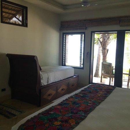 Yemaya Island Hideaway & Spa: extra bed in room