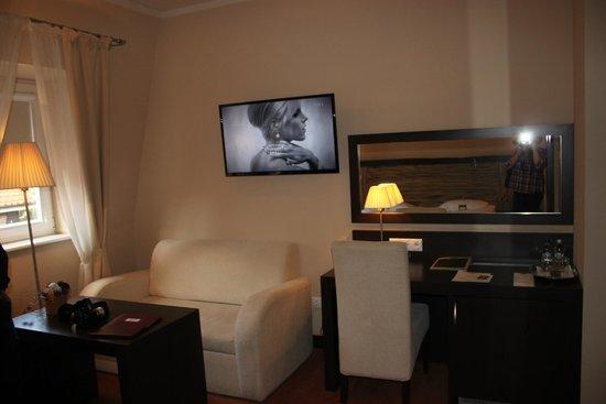 Hotel Habenda: Room