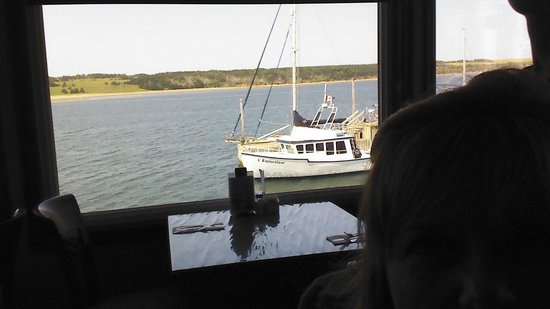 Harbour Restaurant : View from our table. Very relaxing!!