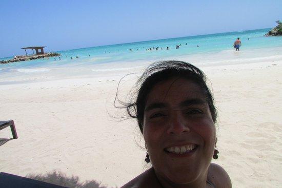 Royalton White Sands Resort : Playa privada, del White Sands Montego Bay