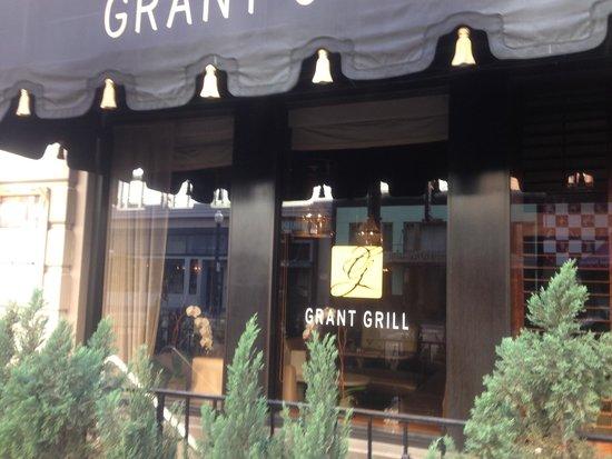 Grant Grill: Extérieur